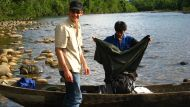 Flussfahrt im Dschungel